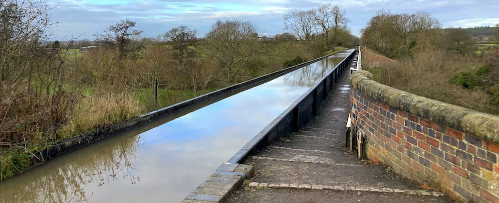 View of the Edstone Aqueduct trough to the north