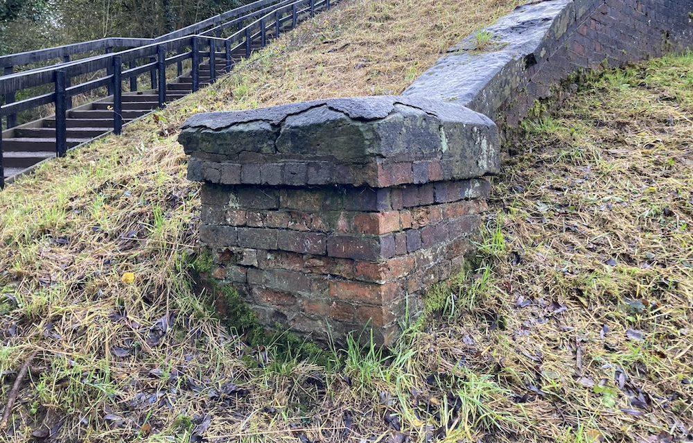 Edstone Aqueduct wing wall brick column with captstone
