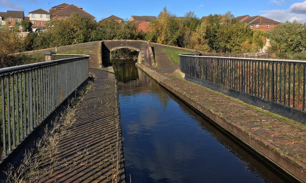 Engine Arm canal junction with Birmingham old main line canal
