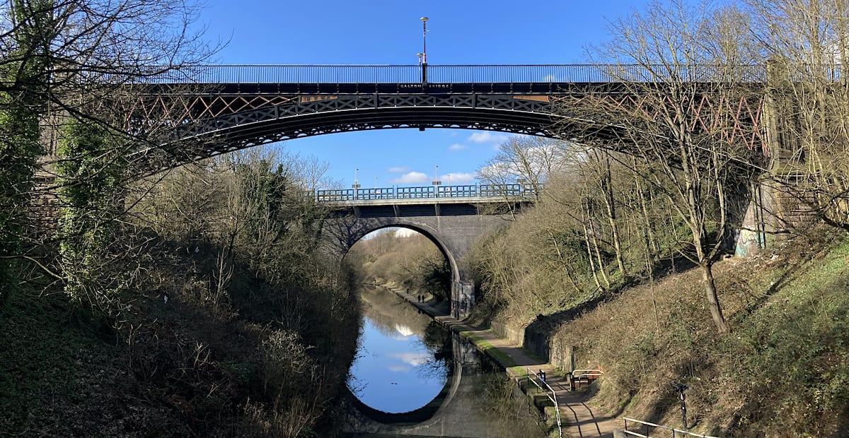 Galton Bridge crossing the BCN Main Line canal at Smethwick